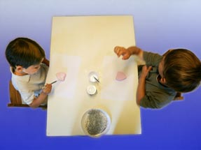Montessori sensorial material in primary class
